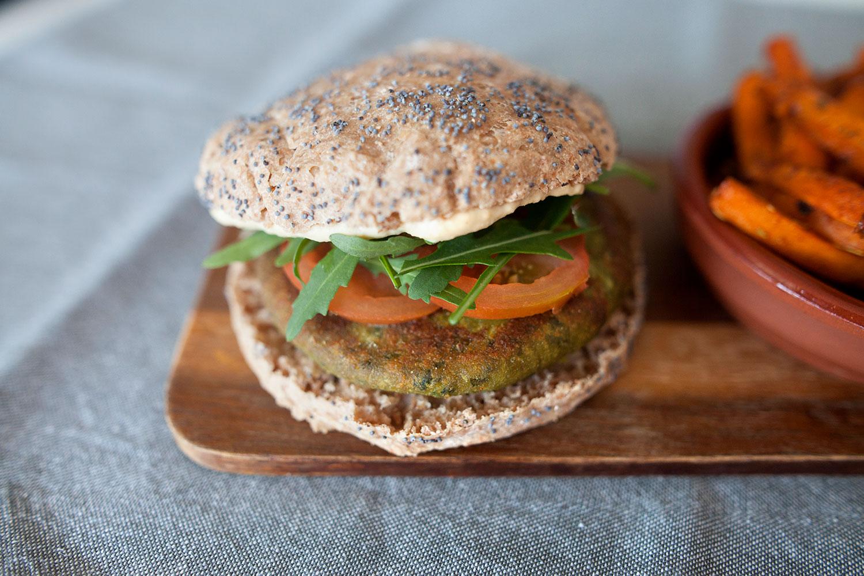 Hamburguesa vegana de lentejas y kale